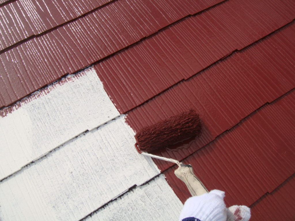 千葉市原市の外壁塗装のお客様屋根中塗り