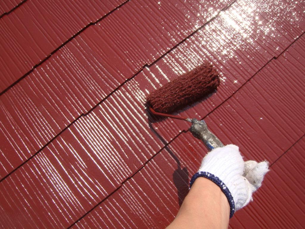 千葉市原市の外壁塗装のお客様屋根上塗り施工
