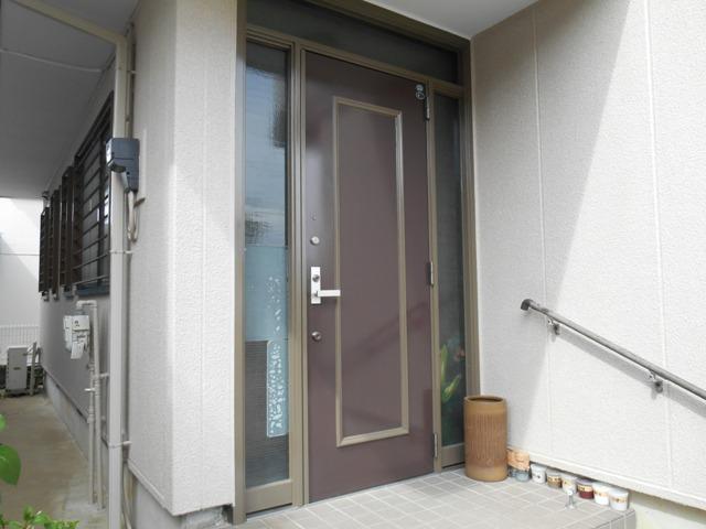 千葉市原市の外壁塗装の玄関塗装完了後